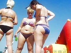 Russian Sexy Starsza na plaży! Amatorski podglądacz!