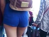 #6. Estaba Rica tu Mina: Pendeja en Shorts culazo