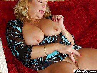 Grannies Pantyhose Mom video: American moms in pantyhose part 10