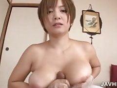 Il paziente sporco gode del bagno di spugna di Meguru Kosaka