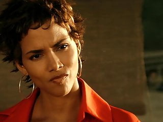 Celebrity African video: Halle Berry movie scenes fap tribute