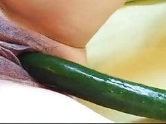 059. Restez épouse. Épisode 1. La menace du mari. Essayez le concombre.