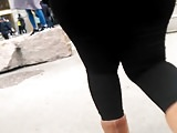 Huge Booty Black Jeans moving