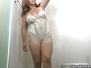 Mature Latina Mom video: An older woman means fun part 188