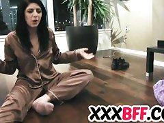 Lesbičky mají pyžamovou party