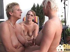 Lesbiche mature il sabato