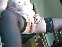 Real amateur granny squirts like whore