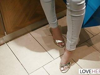Teen Footjob Latina video: LoveHerFeet - The Gorgeous Girl Next Door With Perfect Feet