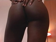 Ebony hottie gets her booty banged