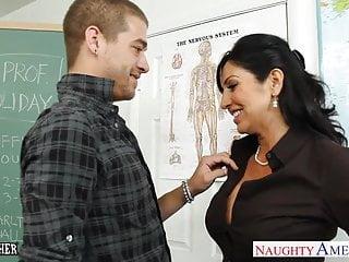 胸部的黑髮老師塔拉假期他媽的