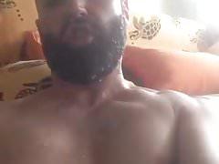 Bearded Self Facial cum Shot | Porn-Update.com