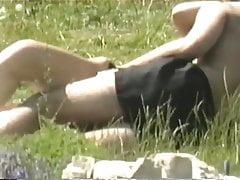 Popołudniowe przysmaki kamery w parkach miejskich 49