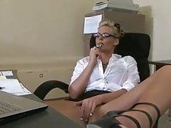 PHOENIX MARIE OFFICE FUCK