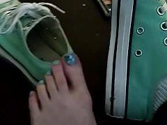 Heiße, verschwitzte Fußsohlen