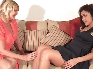 Lesbian Mature Granny video: Busty mother seduce lovely young daughter
