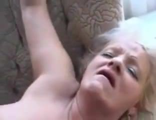 Порно молодые девчонки в чулках