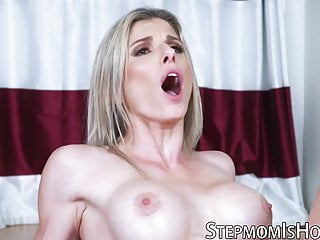 This milf just wants to teach her stepdaughter how to suck
