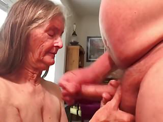 Handjobs Grannies Quickie video: Grannys Quickie