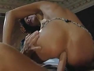 Hardcore Handjob Kissing video: Mamma deborah