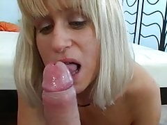My blonde mom with green eyes and makes a fantastic blowjob