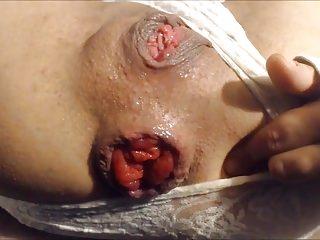 Big squash anal insertion & prolapse
