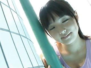 Ai Shinozaki泳衣3
