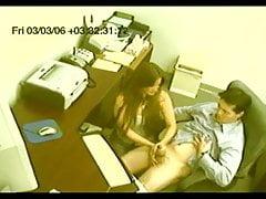 falešný voyeurský tajemník dává tugjob CFNM