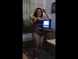 Lingerie Arab Big Ass video: Egyptian home dance 62