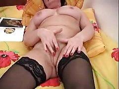 mom Olga masturbation