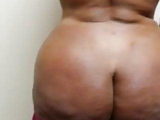 Amateur Bbw porno: Large juicy black ass