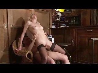 Mature Granny vid: french blonde granny anal fuck