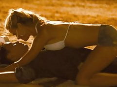 Brooklyn Decker Kiss In Romantic Scene on ScandalPlanetCom