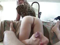 Sorella footjob dita dei piedi rosa