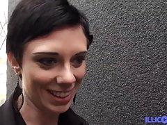 Ogromny czarny kutas do odbytu Stephanie