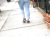 Sweet BlueJean Booty Walk