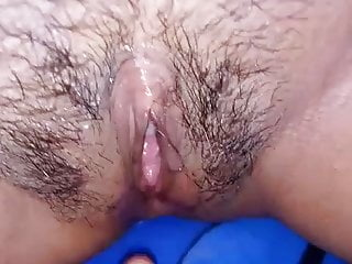 Squirting Malaysian video: malay cheating woman