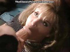 P.J. Sparxx, T. T., Debi Diamond dans une scène de baise vintage