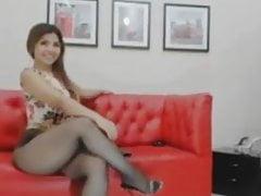 Masturbation des cuisses et des pieds