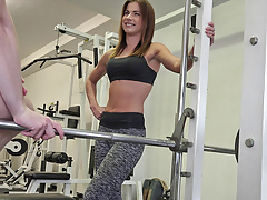 Fitness Coach Pavla Persuaded For Sex At The Gym