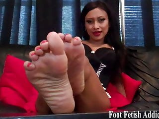 Bdsm Femdom video: Suck on my perfect pink little toes