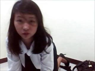 Dildo Indonesian 18 Year Old video: Indonesia Masturbating