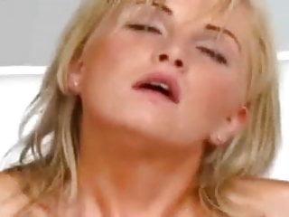 Amateur 18 blonde fucking...