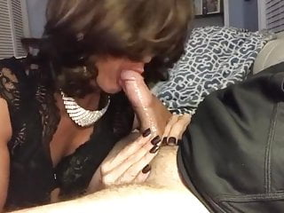 Cum Nice and Shemale Blowjob