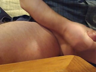 WHO WANTS MY HOT CUM