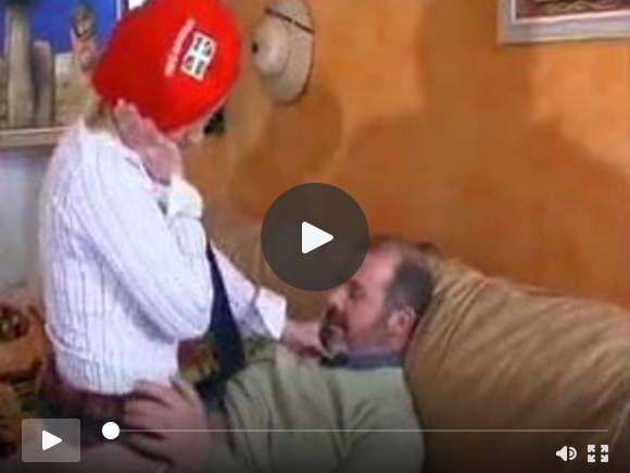 la petite jeune prend chere avec le vieux sexfilms of videos