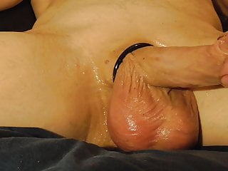 Watch Mike Muters show my oily crotch