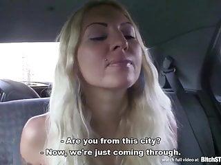 Cagna STOP Bionda prostituta raccolto su strada ceca