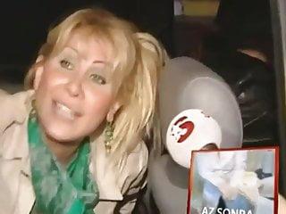 Celebrity Blonde Turkish video: Gizem Ozdilli Upskirt Pussy