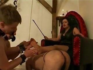 Three feet slaves for the mistress...
