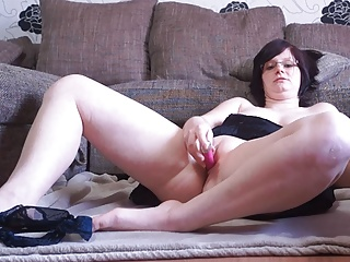 German BBW masturbates and fetches interupted by neighbour!